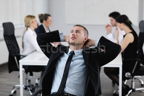 Foto stock: Retrato · bonito · jovem · homem · de · negócios · colegas · pessoas
