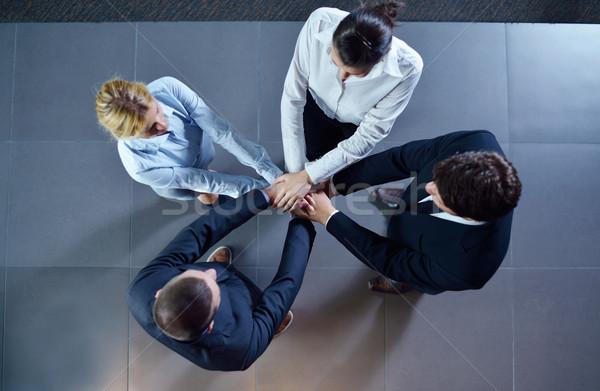 Zakenlieden groep handen vriendschap teamwerk Stockfoto © dotshock