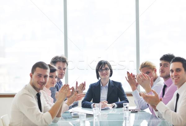 Grupo gente de negocios reunión jóvenes sala de conferencias nuevos Foto stock © dotshock
