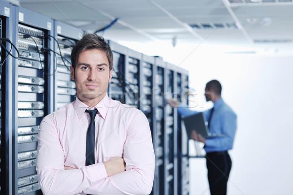Foto stock: Ingenieros · red · servidor · habitación · grupo · jóvenes