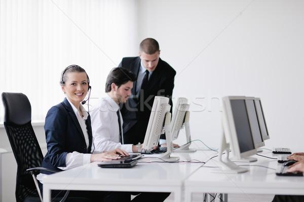 Zdjęcia stock: Ludzi · biznesu · grupy · pracy · klienta · helpdesk · biuro