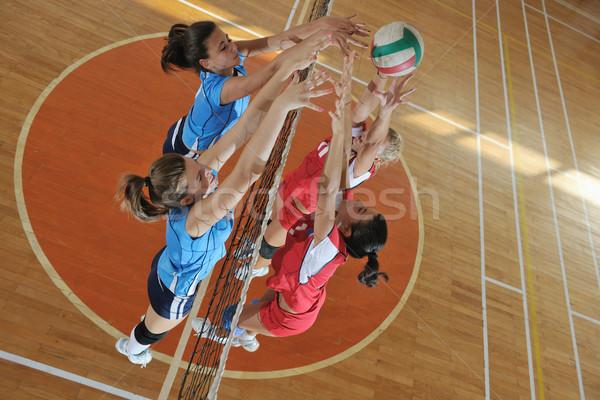Meisjes spelen volleybal spel sport Stockfoto © dotshock