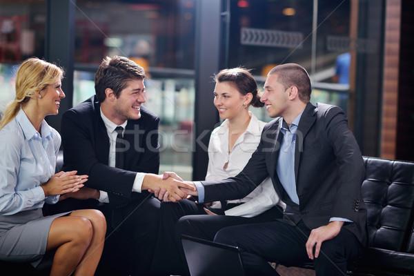 Ludzi biznesu wiele drżenie rąk podpisania Zdjęcia stock © dotshock