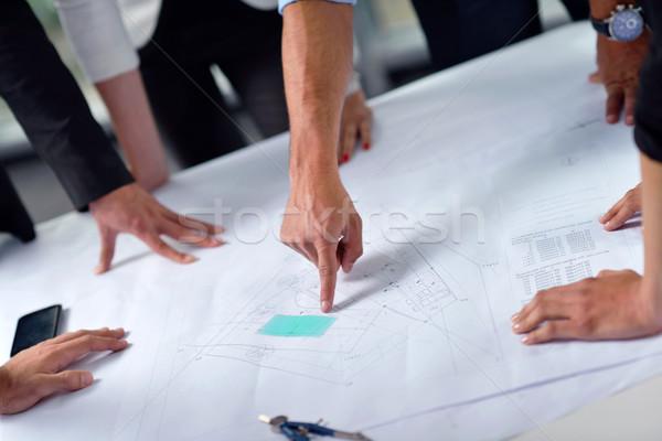 Gens d'affaires construction ingénieurs réunion groupe présentation Photo stock © dotshock
