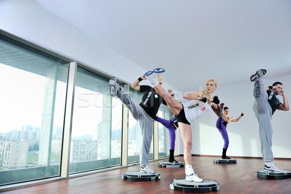 Сток-фото: фитнес · группа · молодые · здорового · люди · осуществлять