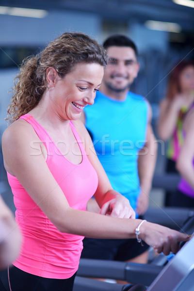 Kobieta kierat siłowni sportu fitness Zdjęcia stock © dotshock