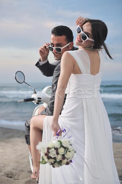 Stok fotoğraf: çift · plaj · beyaz · düğün