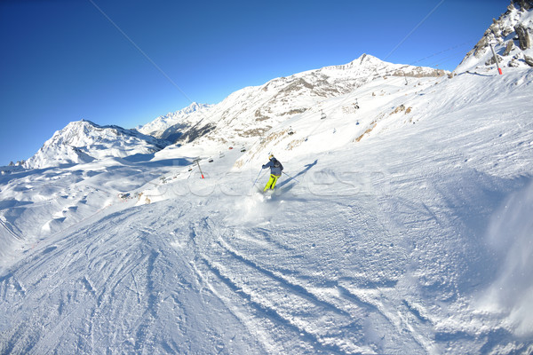 Kayakçılık taze kar kış sezonu güzel Stok fotoğraf © dotshock