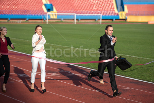 Iş adamları çalışma yarış izlemek birlikte iş Stok fotoğraf © dotshock