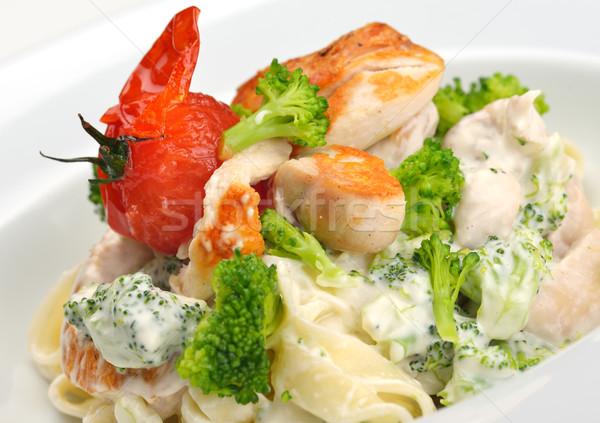 Makaróni sajt tyúk gombák étel levél Stock fotó © dotshock