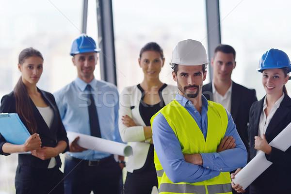 Stok fotoğraf: Iş · adamları · inşaat · mühendisler · toplantı · grup · tanıtım