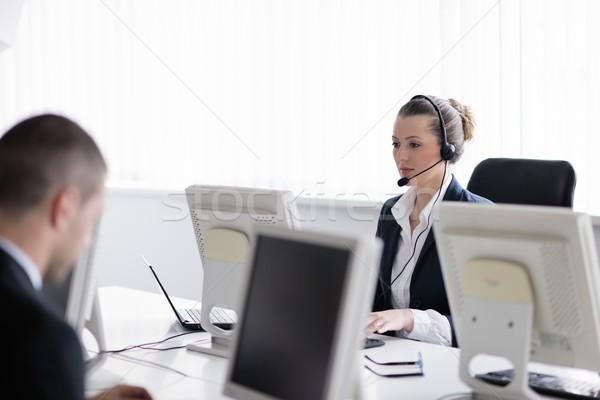 ビジネスの方々  グループ 作業 顧客 ヘルプ デスク ストックフォト © dotshock