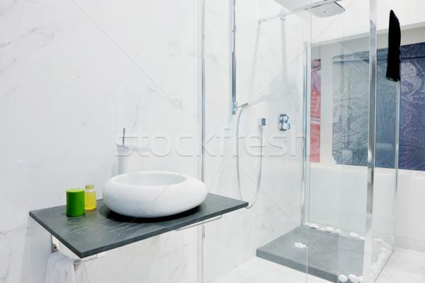 Modernen neue Bad Innenraum Badewanne wenig Stock foto © dotshock