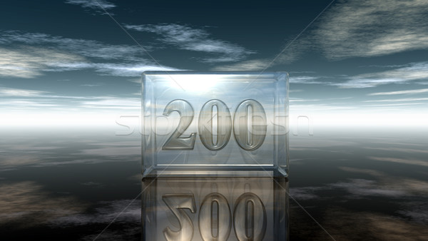 Foto stock: Número · dois · cem · vidro · cubo · nublado