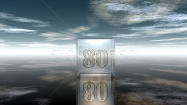 Foto stock: Número · oitenta · vidro · cubo · nublado · céu