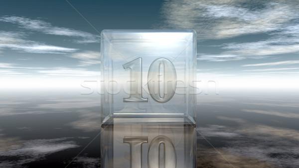 Foto stock: Número · dez · vidro · cubo · nublado · céu
