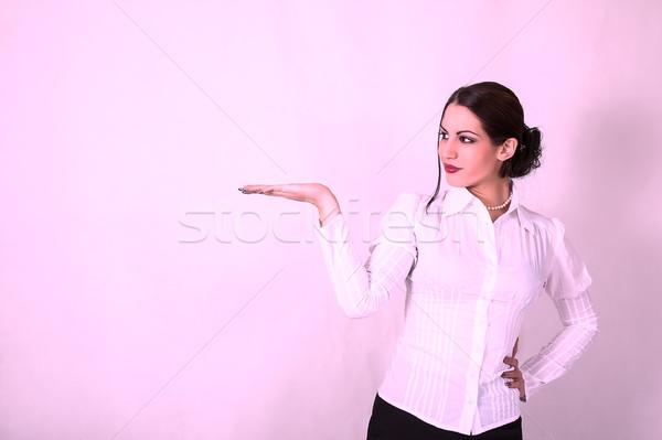 Genç kadın iş takım elbise boş palmiye portre Stok fotoğraf © dukibu