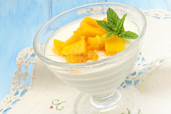 Yoğurt şeftali şurup gıda meyve yaz Stok fotoğraf © dulsita