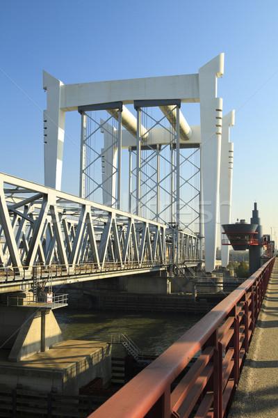 Spoorweg brug hemel bouw landschap metaal Stockfoto © duoduo