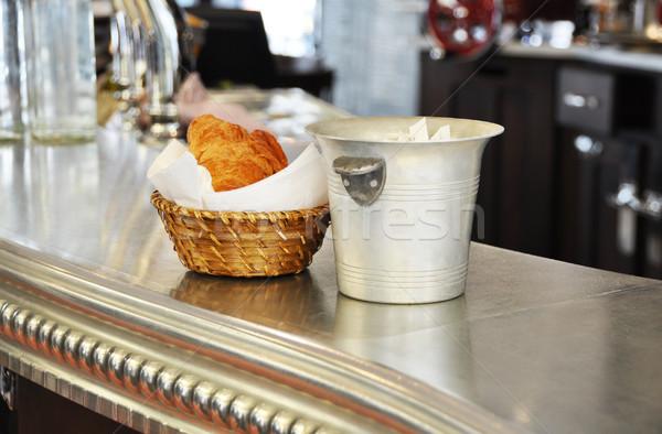 ストックフォト: 典型的な · パリジャン · クロワッサン · 伝統的な · 食品