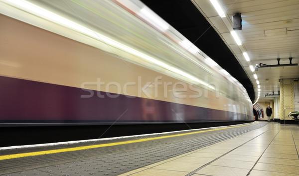 Londen ondergrondse buis station trein snelheid Stockfoto © dutourdumonde