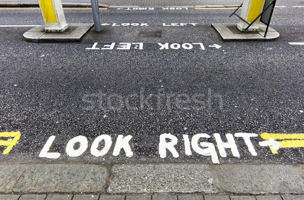 Look right warning Stock photo © dutourdumonde