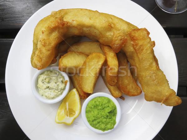 Hal sültkrumpli felszolgált sültkrumpli zöldborsó vacsora Stock fotó © dutourdumonde