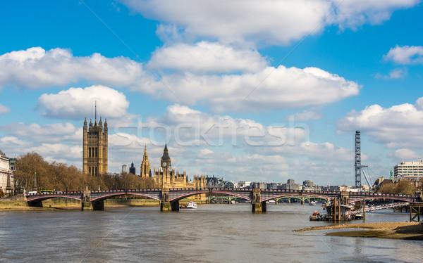 Londres paisaje urbano río thames casa puente Foto stock © dutourdumonde