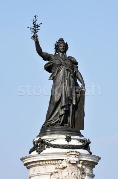 Statue Paris lieu la femme main Photo stock © dutourdumonde