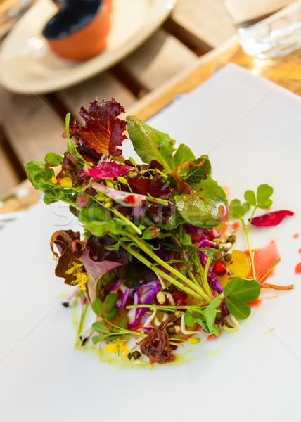 Sağlıklı salata restoran çiçekler gıda tablo Stok fotoğraf © dutourdumonde