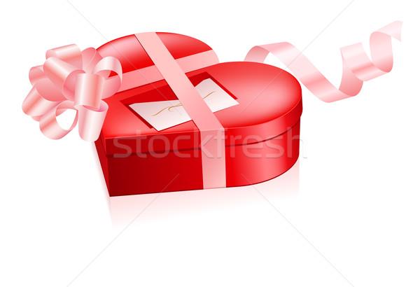 Kırmızı kutu kalp şekli örnek beyaz dizayn Stok fotoğraf © dvarg