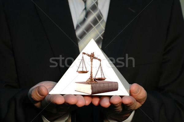 Pirámide justicia empresario escalas libro Foto stock © dzejmsdin