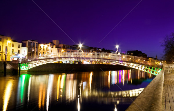 Historic symbol of Dublin - The Ha'penny Bridge Stock photo © Eireann