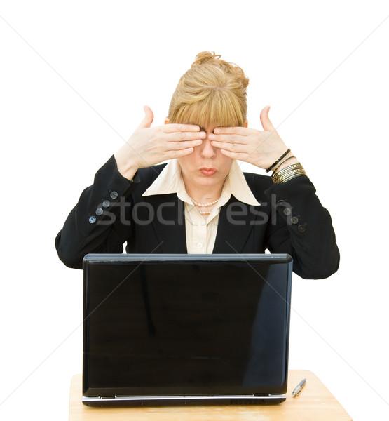 Business woman zobaczyć nie zło patrząc laptop Zdjęcia stock © Eireann