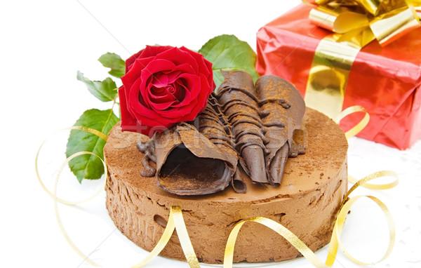 Bolo de aniversário dom aniversário bolo de chocolate rosa vermelha Foto stock © Eireann