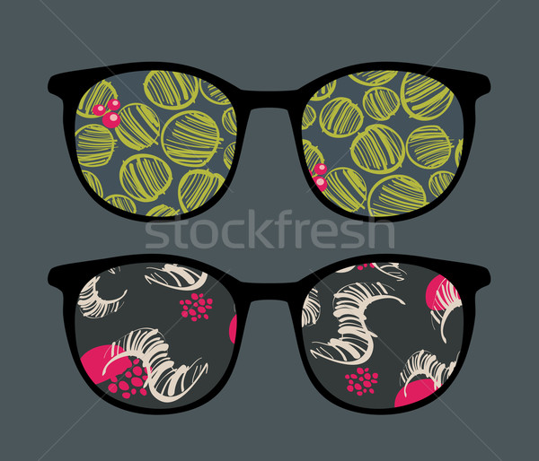 Retro zonnebril interessant reflectie bril geïsoleerd Stockfoto © ekapanova