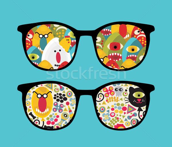 Retro bril lelijk reflectie vreemd geïsoleerd Stockfoto © ekapanova