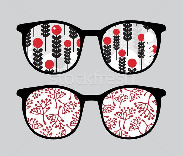 ретро Солнцезащитные очки отражение очки изолированный Сток-фото © ekapanova
