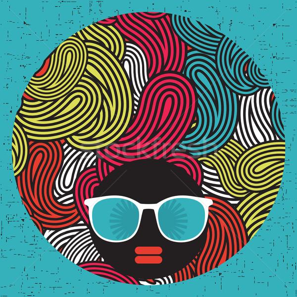 Noir tête femme étrange modèle cheveux Photo stock © ekapanova