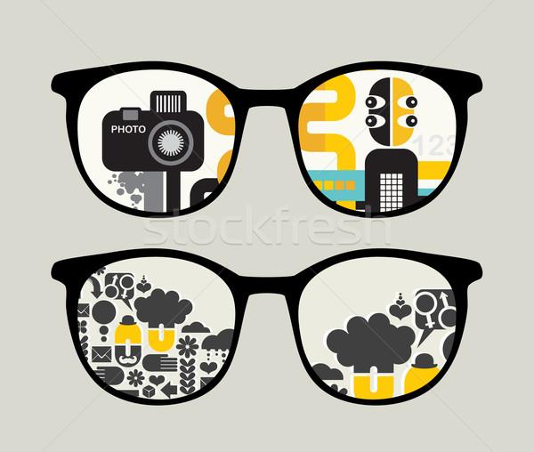 Retro napszemüveg absztrakt emberek tükröződés szemüveg Stock fotó © ekapanova