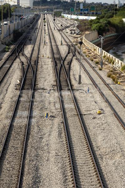Csúcsforgalom vasút kilátás üres folyó autópálya Stock fotó © eldadcarin