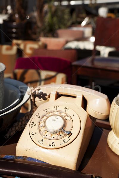 Klasszikus telefon elefántcsont színes tárcsa kirakat Stock fotó © eldadcarin