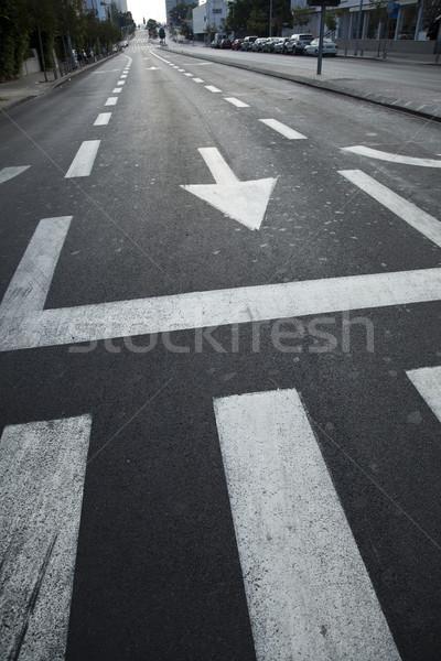 Rua principal vazio cedo manhã carro estrada Foto stock © eldadcarin