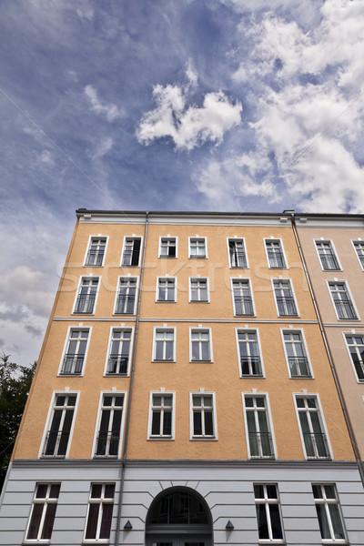 Berlino costruzione nuvoloso cielo basso Foto d'archivio © eldadcarin