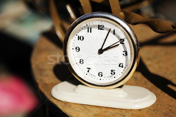 Szovjet óra kicsi Szovjetúnió vásár bolhapiac Stock fotó © eldadcarin