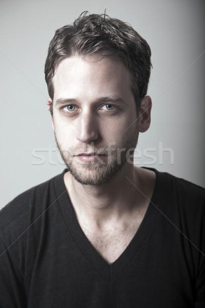Sérieusement élégant studio portrait adulte Photo stock © eldadcarin