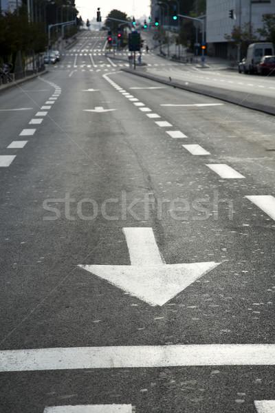 Rua principal vazio cedo carro estrada assinar Foto stock © eldadcarin