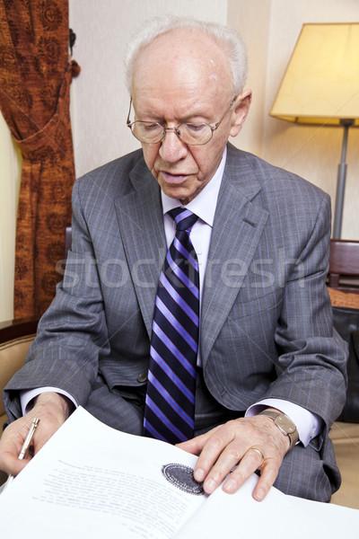 Idős üzletember papírok idős 80-as évek üzletember Stock fotó © eldadcarin