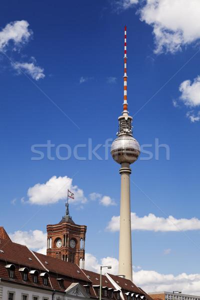 Berlin épületek televízió torony Fernsehturm kilátás Stock fotó © eldadcarin