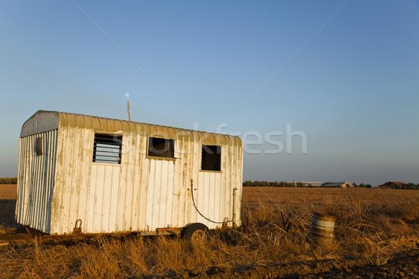 Roncs vidék mező elhagyatott öreg vesztes Stock fotó © eldadcarin
